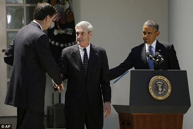 James Comey tall Barack Obama